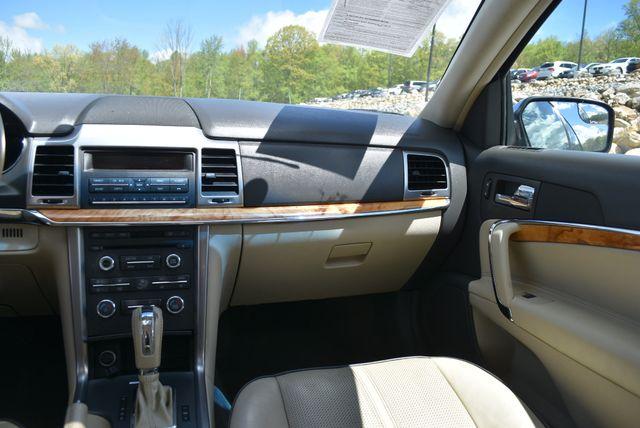 2011 Lincoln MKZ Naugatuck, Connecticut 17