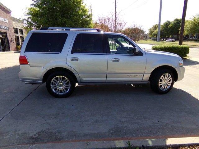 2011 Lincoln Navigator in Carrollton, TX 75006
