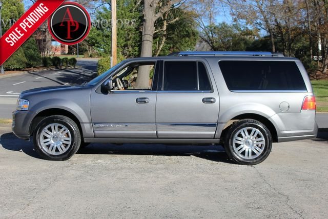 2011 Lincoln Navigator L CLEAN LOW MILES LEATHER INTERIOR