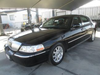 2011 Lincoln Town Car Signature Limited Gardena, California
