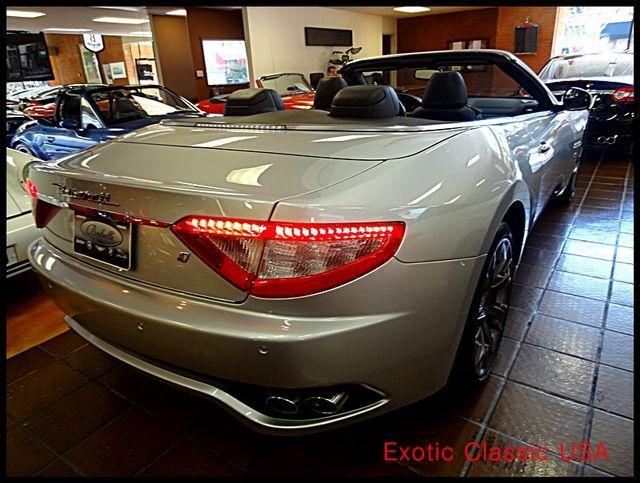 2011 Maserati GranTurismo S Convertible La Jolla, California 4
