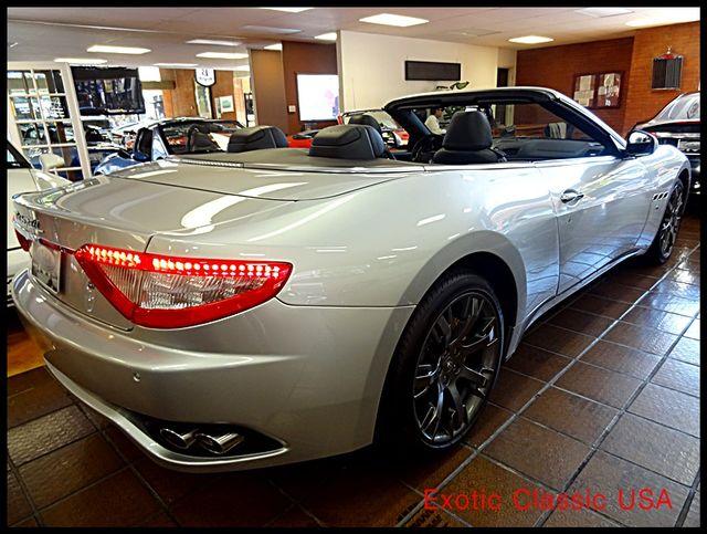 2011 Maserati GranTurismo S Convertible La Jolla, California 5