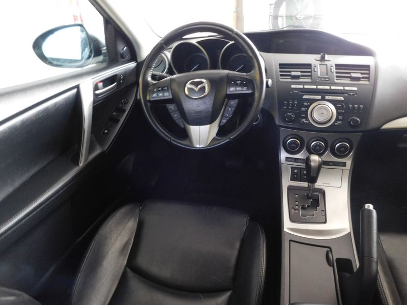 2011 Mazda Mazda3 s Grand Touring  city TN  Doug Justus Auto Center Inc  in Airport Motor Mile ( Metro Knoxville ), TN