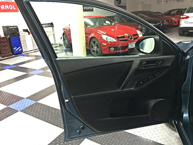 2011 Mazda Mazda3 i Sport Brooklyn, New York 24