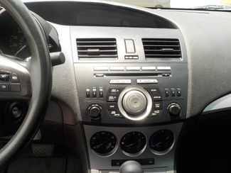 2011 Mazda Mazda3 i Touring Fayetteville , Arkansas 15
