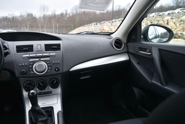 2011 Mazda Mazda3 i Touring Naugatuck, Connecticut 13