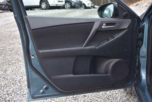 2011 Mazda Mazda3 i Touring Naugatuck, Connecticut 14