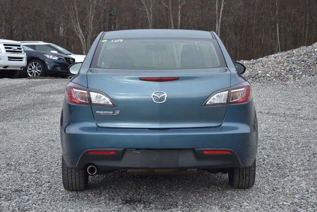 2011 Mazda Mazda3 i Touring Naugatuck, Connecticut 3