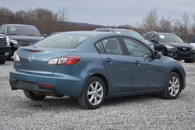 2011 Mazda Mazda3 i Touring Naugatuck, Connecticut 4