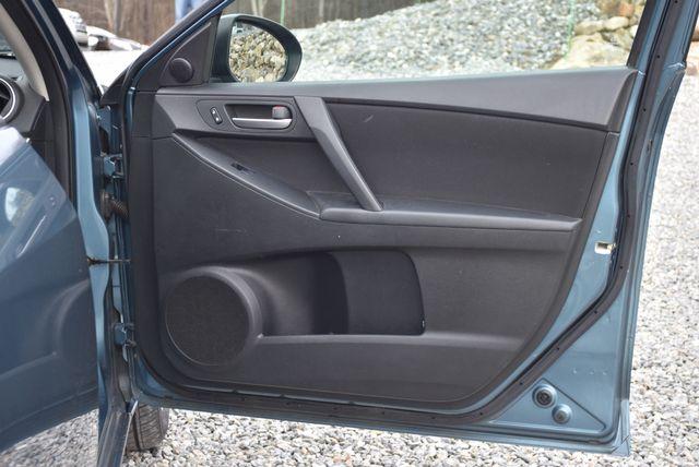 2011 Mazda Mazda3 i Touring Naugatuck, Connecticut 8