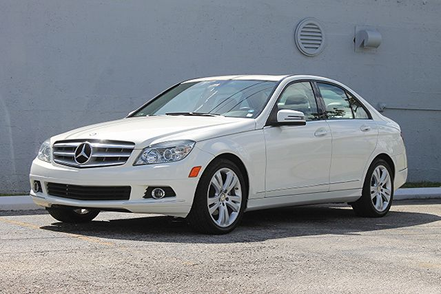 2011 Mercedes-Benz C 300 Sport Hollywood, Florida 37