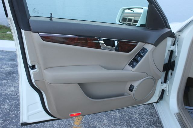 2011 Mercedes-Benz C 300 Sport Hollywood, Florida 47