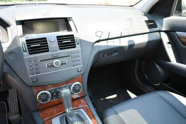 2011 Mercedes-Benz C 300 Luxury 4Matic Naugatuck, Connecticut 21