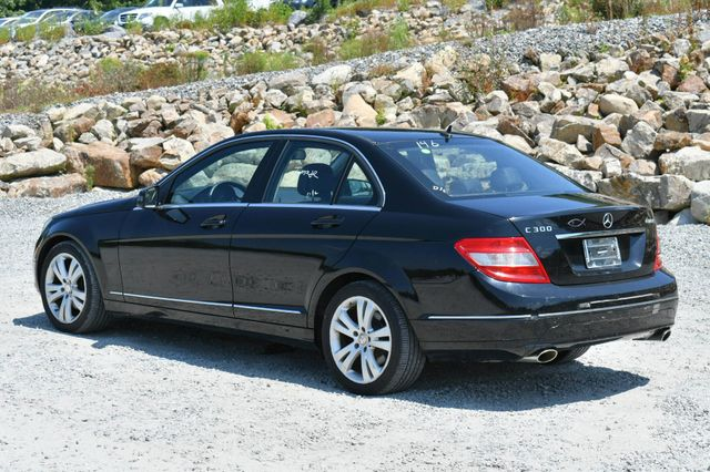 2011 Mercedes-Benz C 300 Luxury 4Matic Naugatuck, Connecticut 4