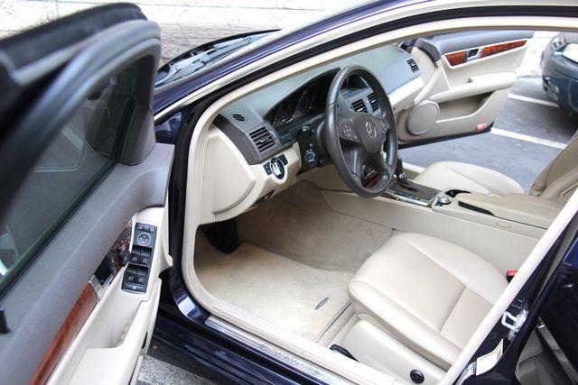 2011 Mercedes-Benz C 300 Luxury Reseda, CA 16