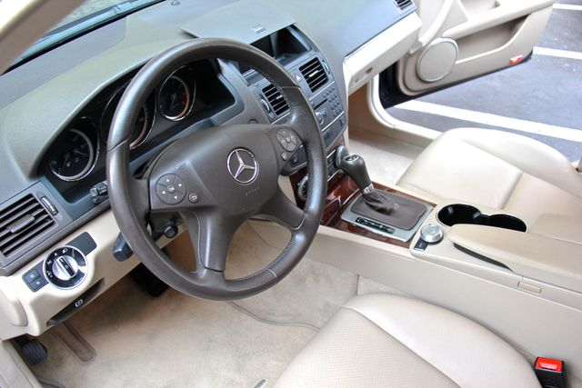 2011 Mercedes-Benz C 300 Luxury Reseda, CA 19