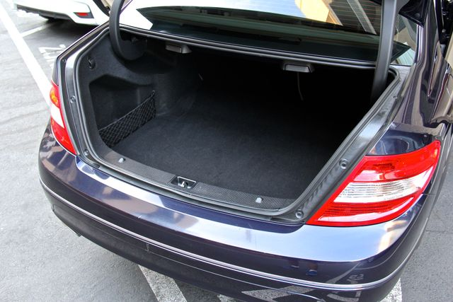 2011 Mercedes-Benz C 300 Luxury Reseda, CA 23