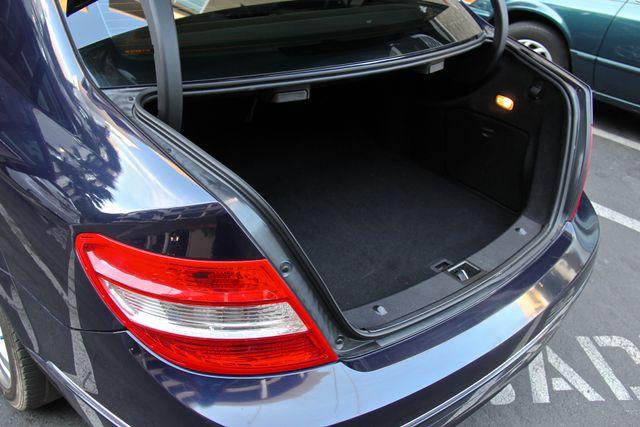 2011 Mercedes-Benz C 300 Luxury Reseda, CA 24