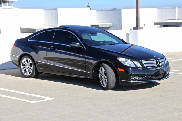 2011 Mercedes-Benz E 350 in Reseda, CA, CA 91335