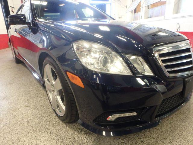 2011 Mercedes E350 4-Matic FANTASTIC COLOR SCHEME, EXCELENT CONDITION, SERVICED. Saint Louis Park, MN 21