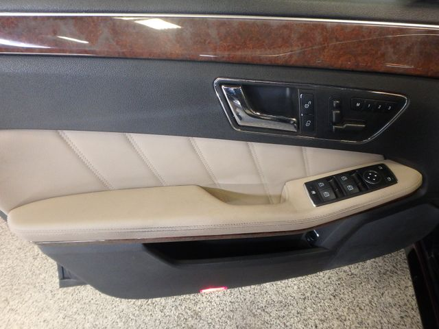 2011 Mercedes E350 4-Matic FANTASTIC COLOR SCHEME, EXCELENT CONDITION, SERVICED. Saint Louis Park, MN 11