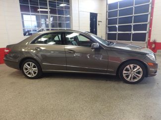 2011 Mercedes E350 4-Matic ROYAL COLOR, LUXURIOUS MASTERPIECE. Saint Louis Park, MN 1