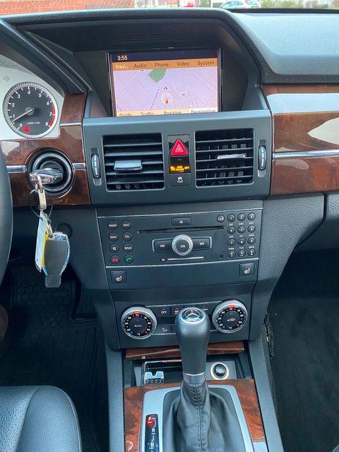 2011 Mercedes-Benz GLK 350 New Brunswick, New Jersey 28