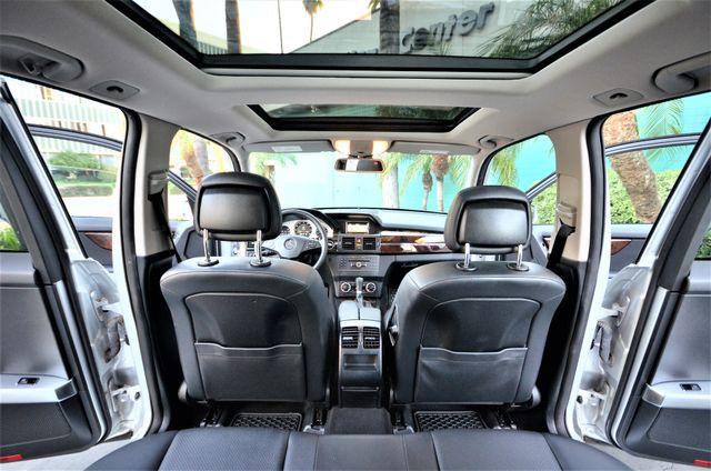2011 Mercedes-Benz GLK 350 Reseda, CA 1