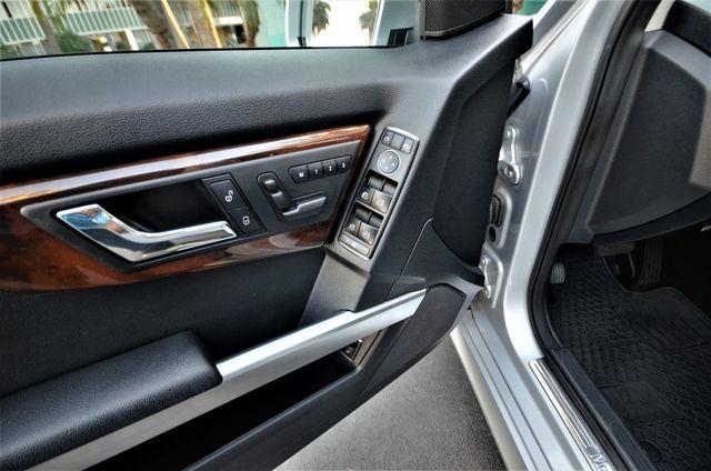 2011 Mercedes-Benz GLK 350 Reseda, CA 32
