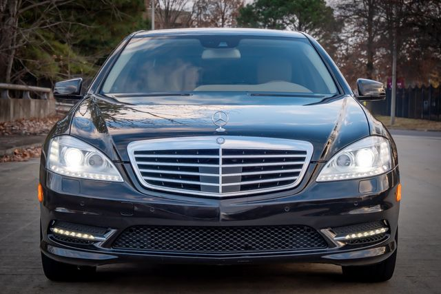2011 Mercedes-Benz S 550 AMG WHEELS/ GLASS PANO ROOF P2 PKG SPORT PKG PLUS in Memphis, Tennessee 38115