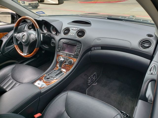 2011 Mercedes-Benz SL 550 Convertible Automatic, Navigation, Alloys Only 64k in Dallas, Texas 75220