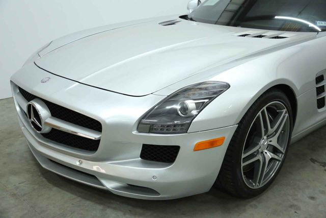 2011 Mercedes-Benz SLS AMG Houston, Texas 3
