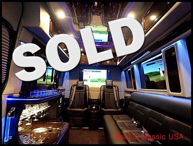 2011 Mercedes-Benz Sprinter Extended Van 2500 Executive Limousine La Jolla, Califorina  0