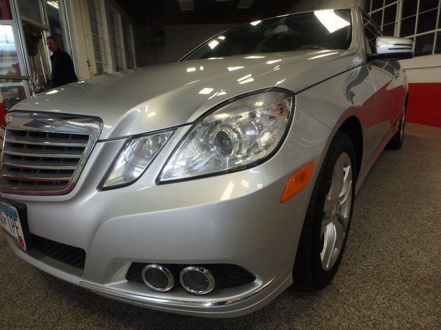 2011 Mercedes E-350 4-Matic, LOADED, SERVICED, FULLY READY!~ Saint Louis Park, MN 22
