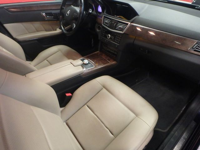 2011 Mercedes E350 4-Matic FANTASTIC COLOR SCHEME, EXCELENT CONDITION, SERVICED. Saint Louis Park, MN 15