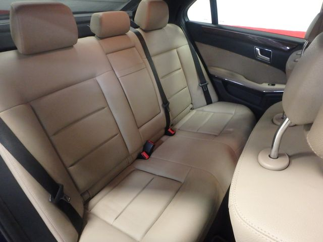 2011 Mercedes E350 4-Matic FANTASTIC COLOR SCHEME, EXCELENT CONDITION, SERVICED. Saint Louis Park, MN 17