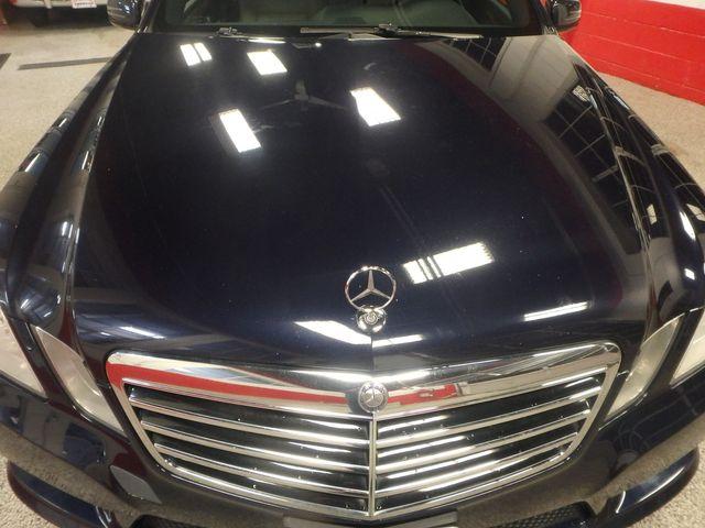 2011 Mercedes E350 4-Matic FANTASTIC COLOR SCHEME, EXCELENT CONDITION, SERVICED. Saint Louis Park, MN 27