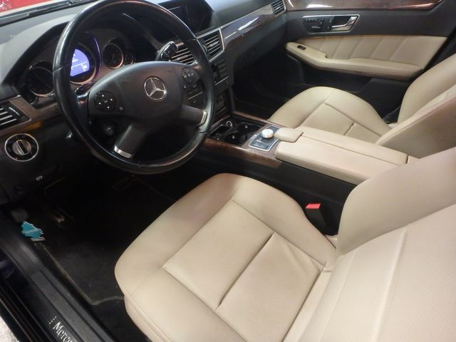2011 Mercedes E350 4-Matic FANTASTIC COLOR SCHEME, EXCELENT CONDITION, SERVICED. Saint Louis Park, MN 2