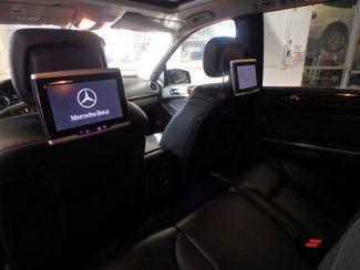 2011 Mercedes Gl450 Awd. DVD. B/U CAMERA, DUAL ROOFS STUNNINGLY SHARP. Saint Louis Park, MN 6