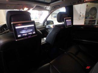 2011 Mercedes Gl450 Awd. DVD. B/U CAMERA, DUAL ROOFS STUNNINGLY SHARP. Saint Louis Park, MN 19