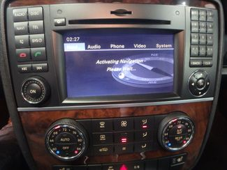 2011 Mercedes R350 4-Matic LOADED, STUNNING. TOP TIER. Saint Louis Park, MN 16