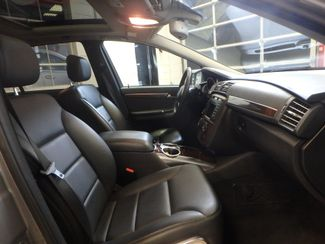 2011 Mercedes R350 4-Matic LOADED, STUNNING. TOP TIER. Saint Louis Park, MN 25