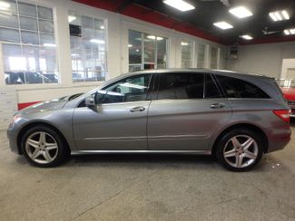 2011 Mercedes R350 4-Matic LOADED, STUNNING. TOP TIER. Saint Louis Park, MN 8
