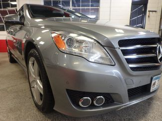 2011 Mercedes R350 4-Matic LOADED, STUNNING. TOP TIER. Saint Louis Park, MN 30