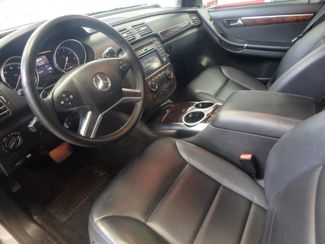 2011 Mercedes R350 4-Matic LOADED, STUNNING. TOP TIER. Saint Louis Park, MN 2