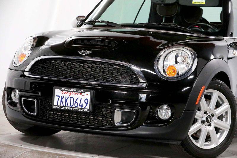 2011 Mini Convertible s - Leather - Bluetooth - Sport seats  city California  MDK International  in Los Angeles, California