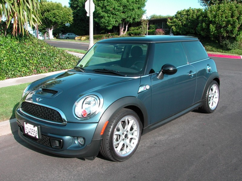 2011 Mini Cooper S Hardtop ONLY 2400 Miles, Factory Warranty! in , California