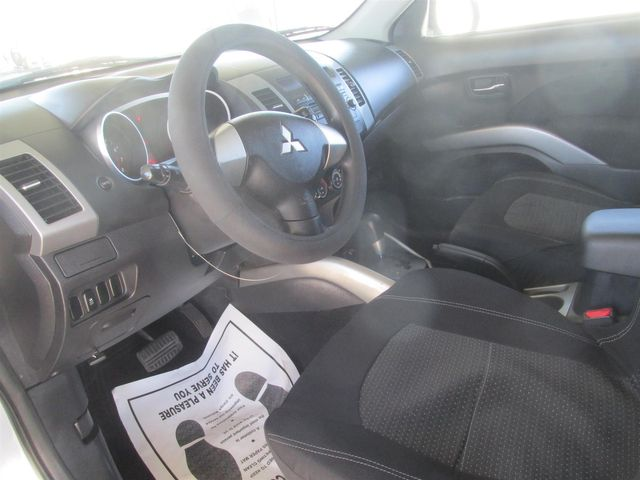 2011 Mitsubishi Outlander ES Gardena, California 4