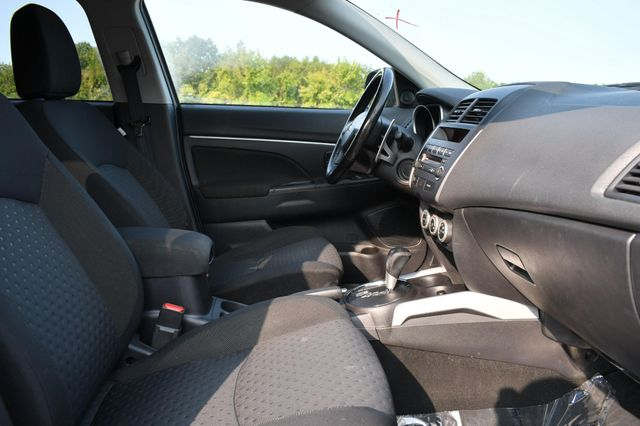 2011 Mitsubishi Outlander Sport SE Naugatuck, Connecticut 8
