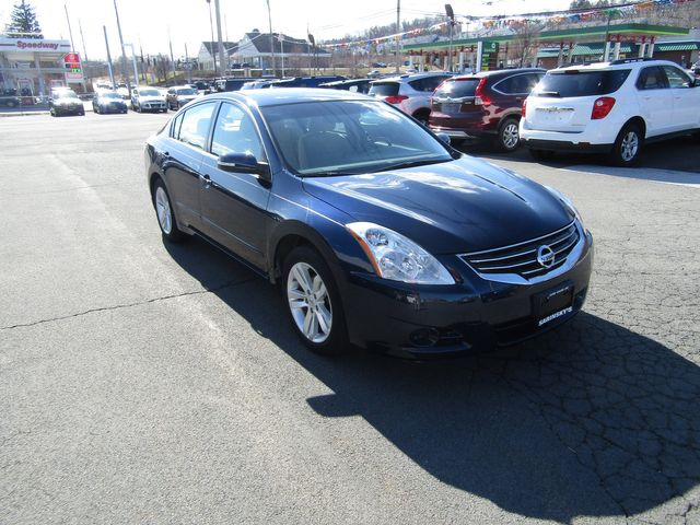 2011 Nissan Altima 3.5 SR in New Windsor, New York 12553